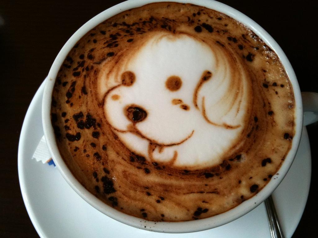 ブラックなコーヒーカップ